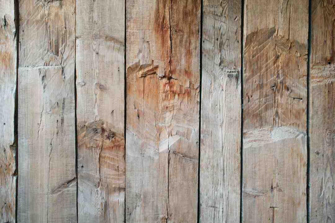 Comment enlever des taches d'encre de meubles en bois