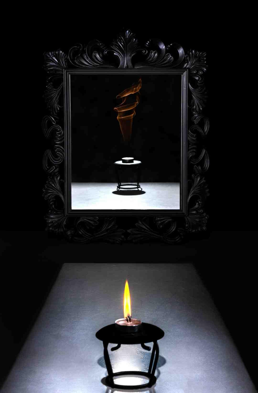 Comment décorer un miroir sans cadre